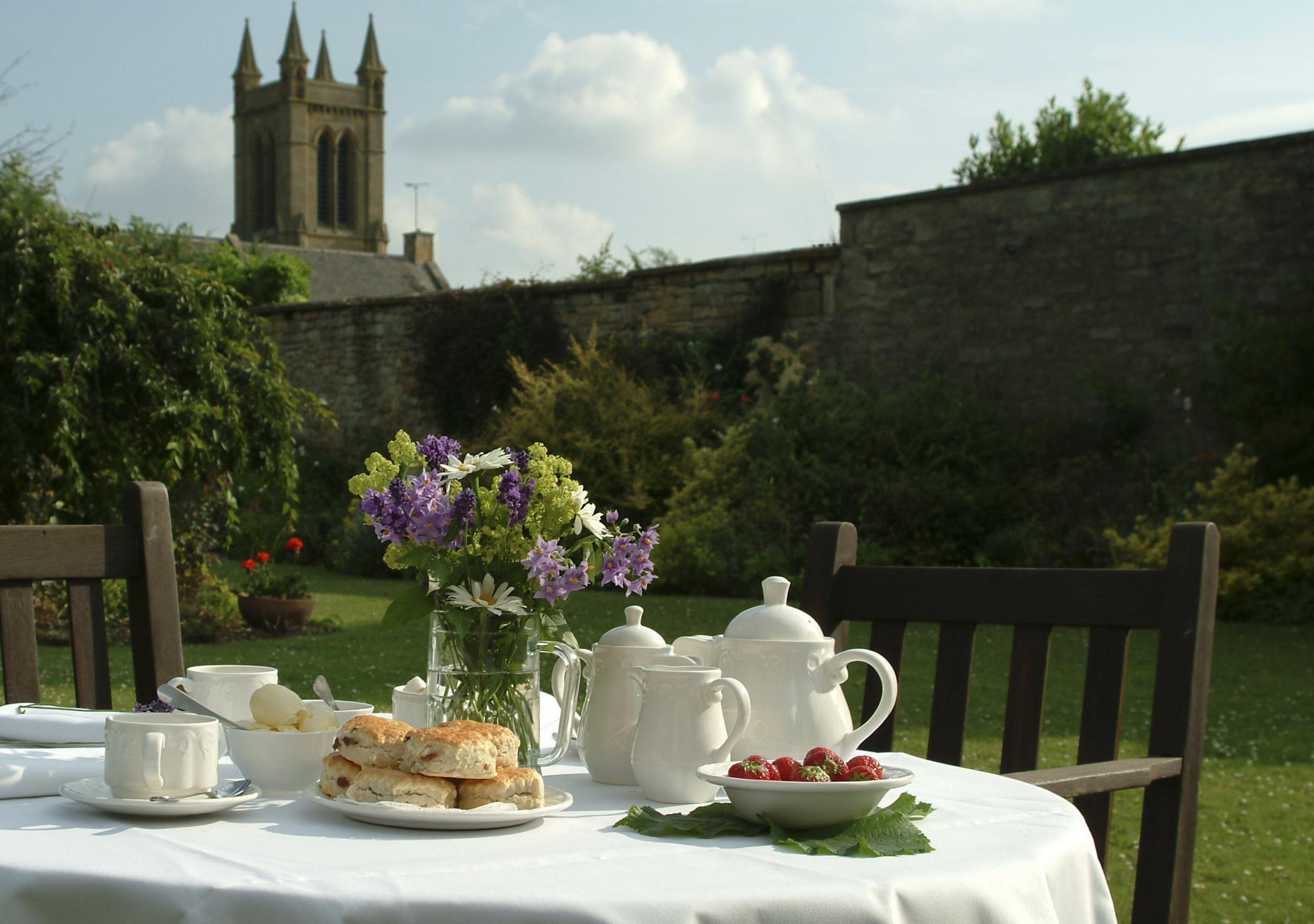 Tea Rooms and Treasure Houses