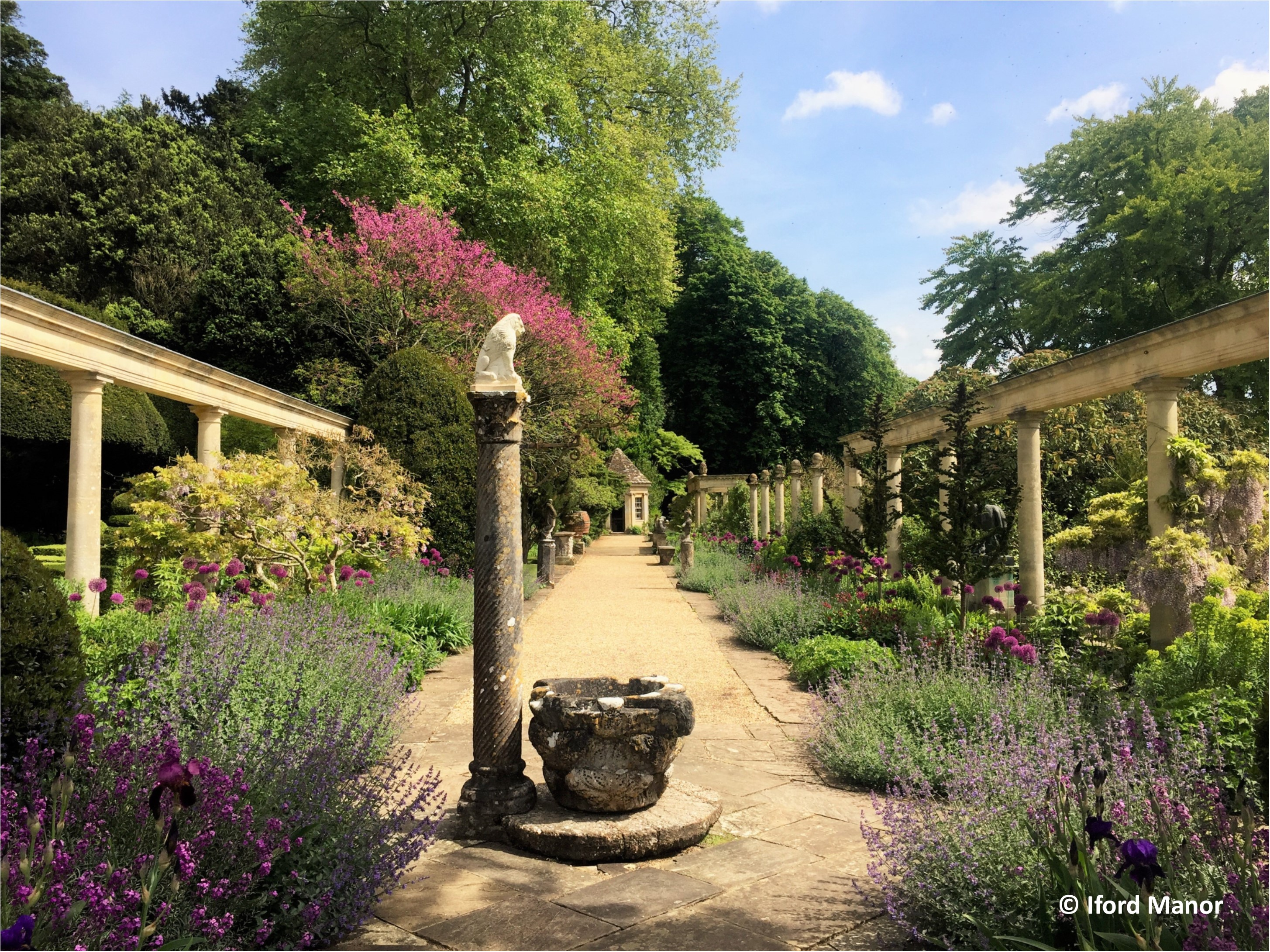 Romantic, Timeless English Gardens