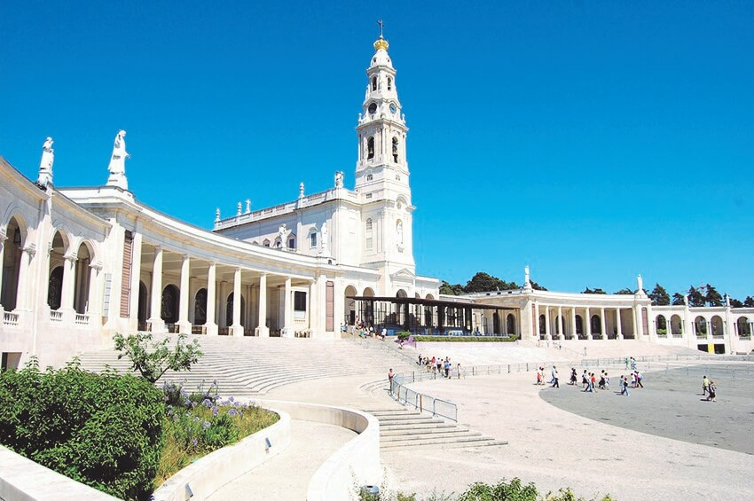 A Pilgrimage to Fatima and Lourdes
