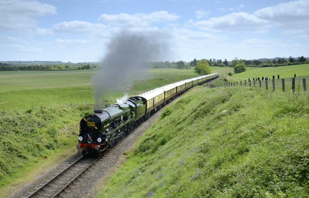Great Railway Rides in the Heart of England